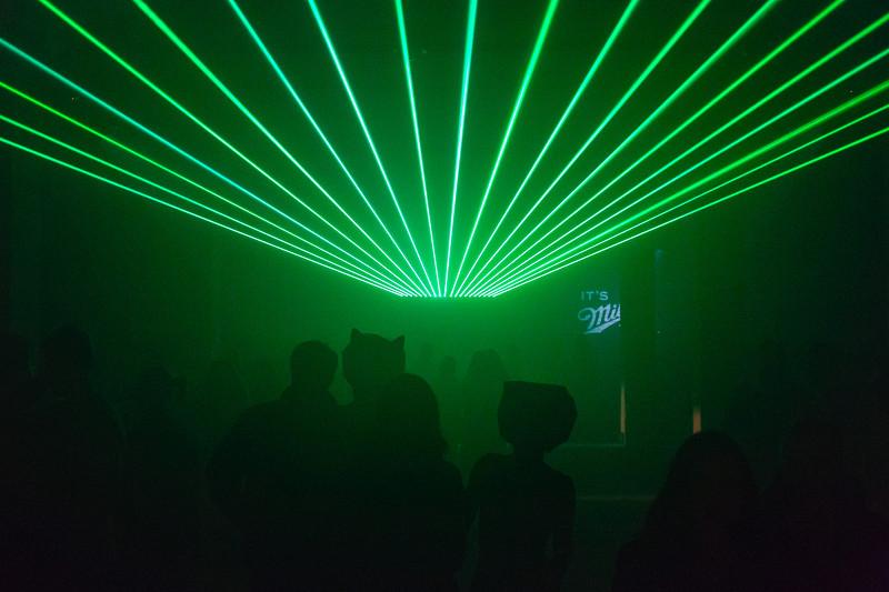Zware RGB laser