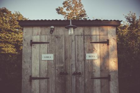 Een toilet voor op je tuinfeest